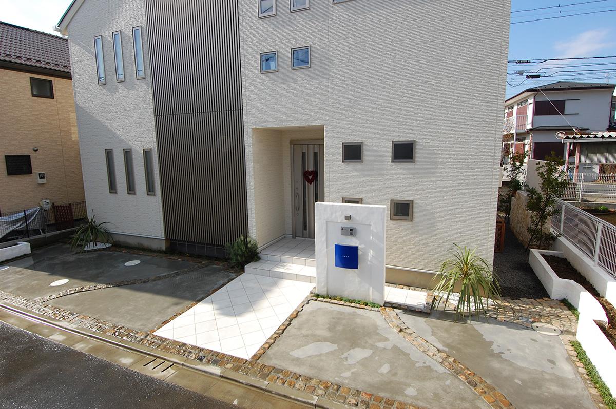 東京都町田市 T邸 アプローチ + 駐車場 + テラス 設計+施工