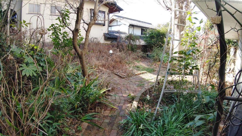 2021年3月 神奈川県川崎市麻生区 Y様邸 タイルテラス新設 設計 + 施工 施工前